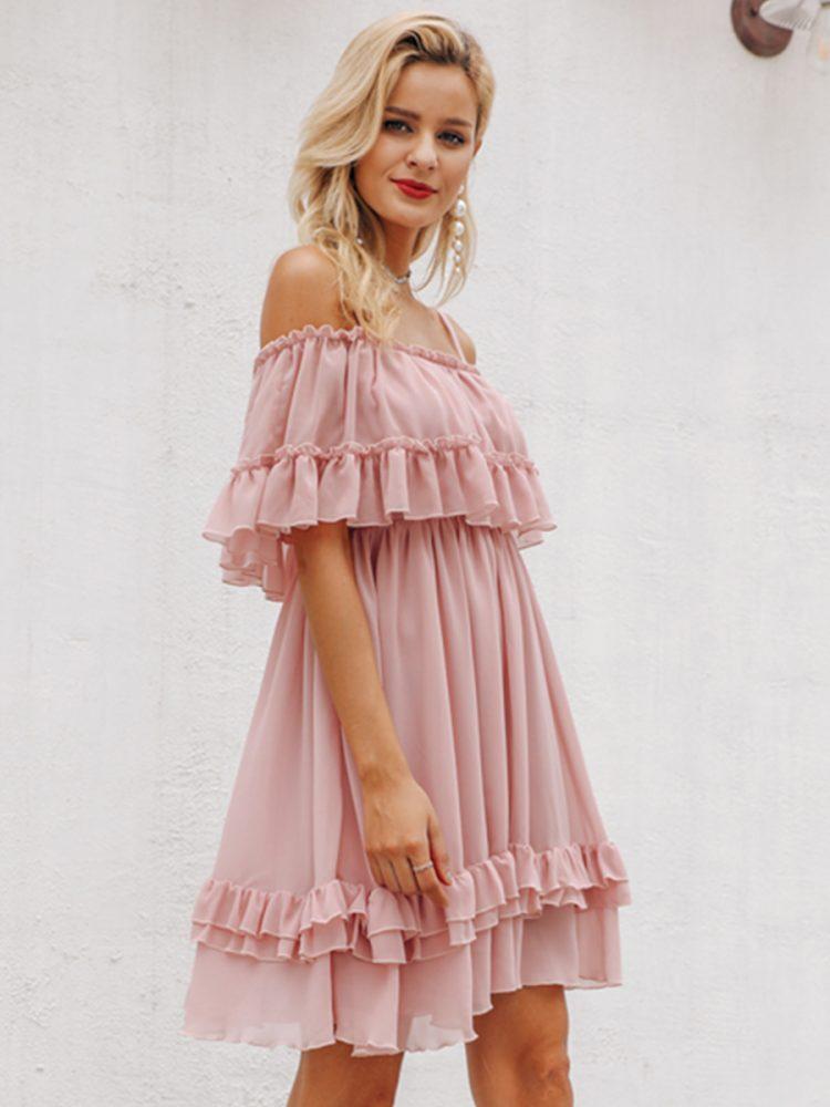 Sukienka szyfonowa pudrowy róż z odsłoniętymi ramionami 3