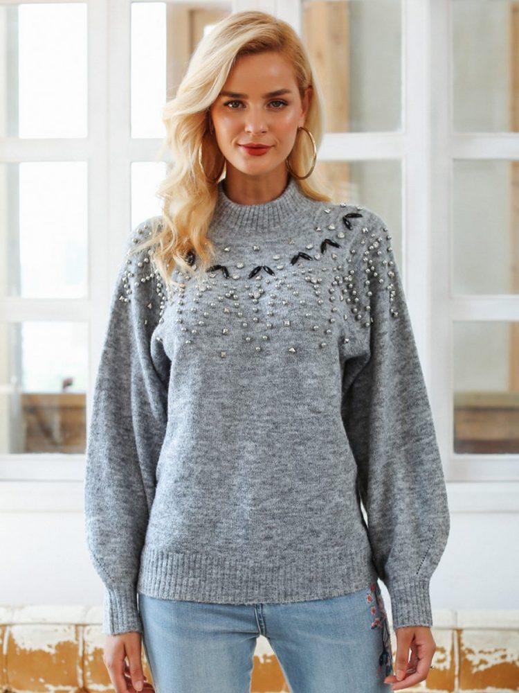 Melanżowy szary sweter z perełkami na przodzie