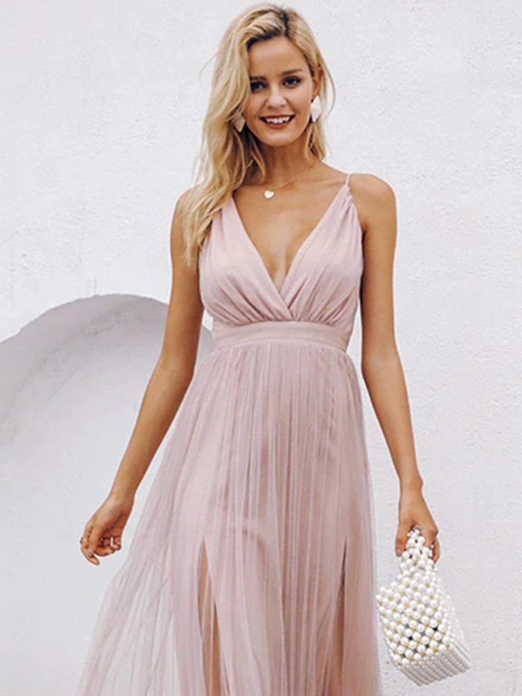 Pudrowa maxi sukienka z tiulowym dołem na wesele 2