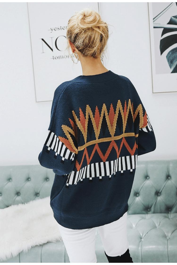 Granatowy sweter z świątecznym wzorem typu kardigan z guzikami 1