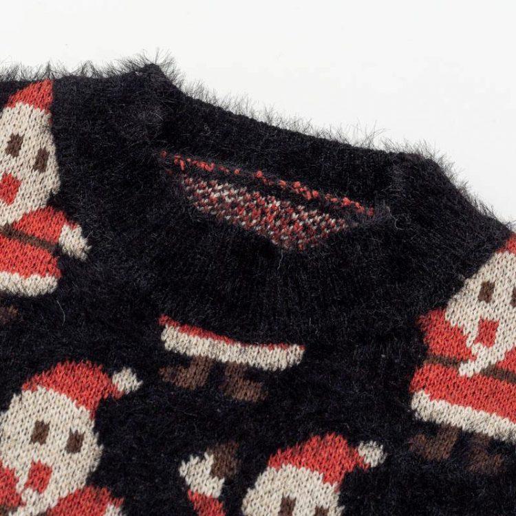 Moherowy sweter świąteczny wielokolorowy z motywem świętego mikołaja 2