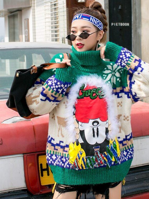 Zielony świąteczny sweter damski z golfem w norweskie wzory