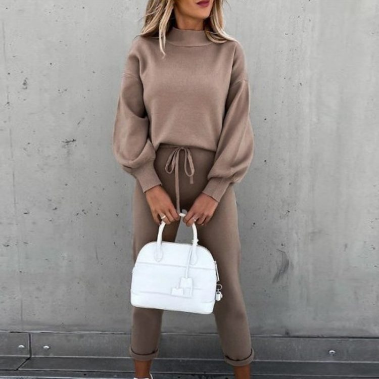 Beżowe dresy damskie bawełniane komplet bluza ze spodniami na jesień 1