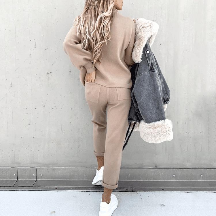 Beżowe dresy damskie bawełniane komplet bluza ze spodniami na jesień