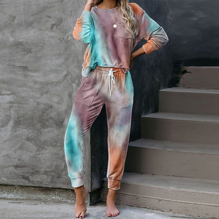 Farbowane dresy damskie cienkie tie dye w intensywnych kolorach