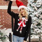 Czarny sweter świąteczny damski z motywem mikołajki na przodzie 2