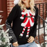 Czarny sweter świąteczny damski z motywem mikołajki na przodzie 3