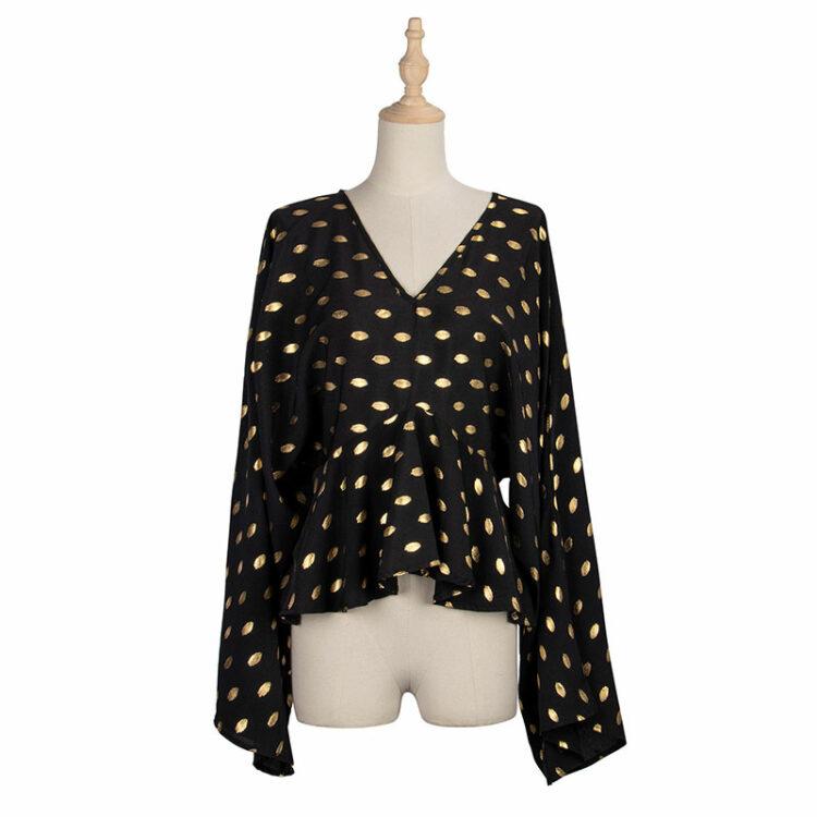 Damska koszula w serek z szerokimi rękawami i baskinką w kolorze czarnym w beżowe groszki 4