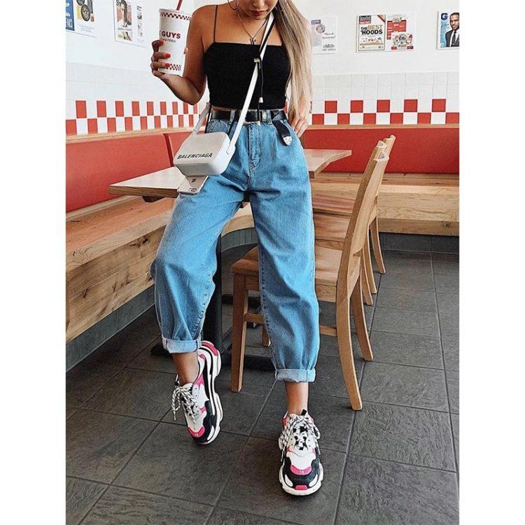Damskie spodnie jeansowe typu slouchy w kolorze niebieskim 1