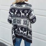 Granatowy rozpinany świąteczny sweter z jeleniem i śnieżynkami typu kardigan 4