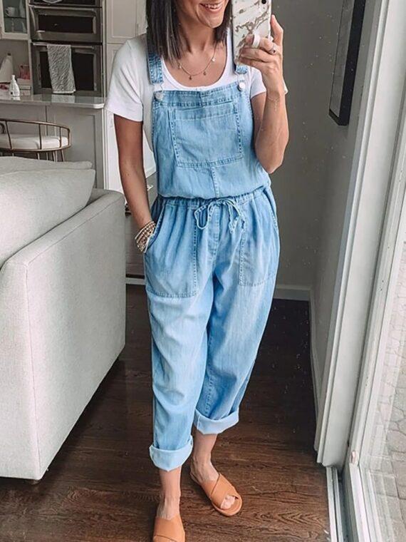 Klasyczne ogrodniczki damskie jeansowe w stylu boyfriend z wiązaniem w pasie