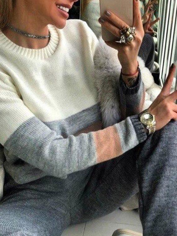 Komplet dresowy damski multikolor w paski ze swetrem i spodniami jogger