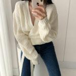 Liliowy sweter kopertowy z wiązaniem w pasie w stylu ovesize 2