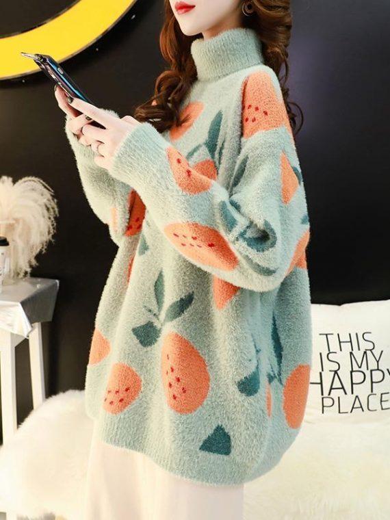 Pluszowy sweter z golfem oversize w nadruk w owoce w kolorze miętowym