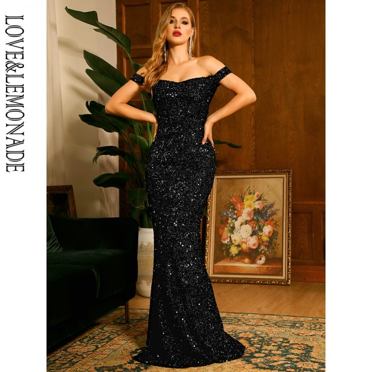 Czarna długa sukienka wieczorowa z cekinami i dekoltem carmen