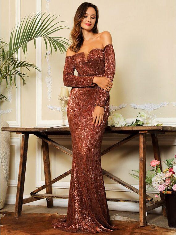 Długa brązowa sukienka wieczorowa z długimi rękawami
