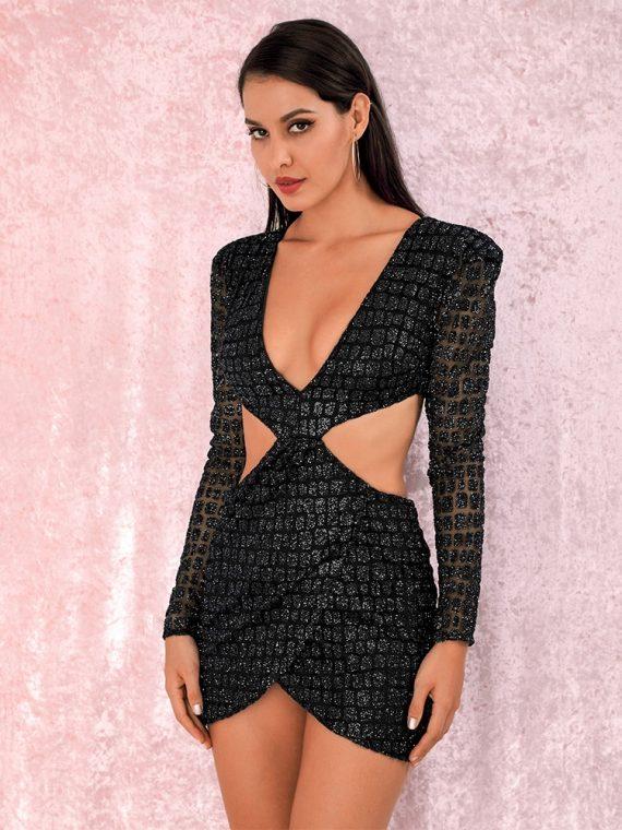 Dopasowana sukienka z wycięciami po bokach czarna