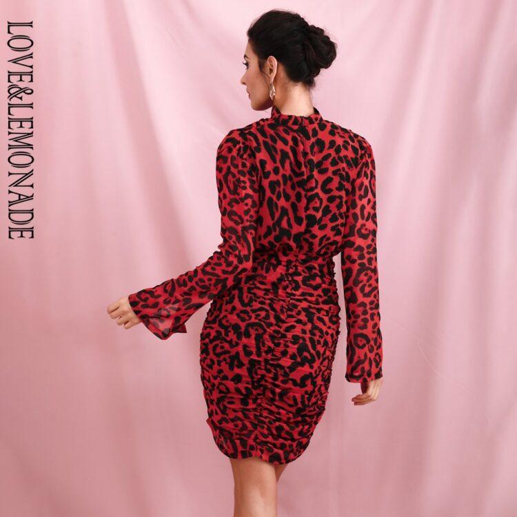 Drapowana sukienka w czerwoną panterkę z golfem 2