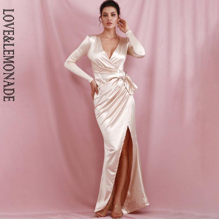 Satynowa kremowa sukienka maxi wieczorowa z marszczeniem na boku 1