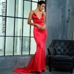 Satynowa sukienka wieczorowa długa malinowa odkryte plecy 2