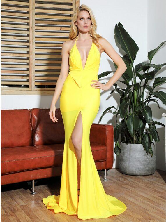 Żółta sukienka rybka wieczorowa z głębokim dekoltem
