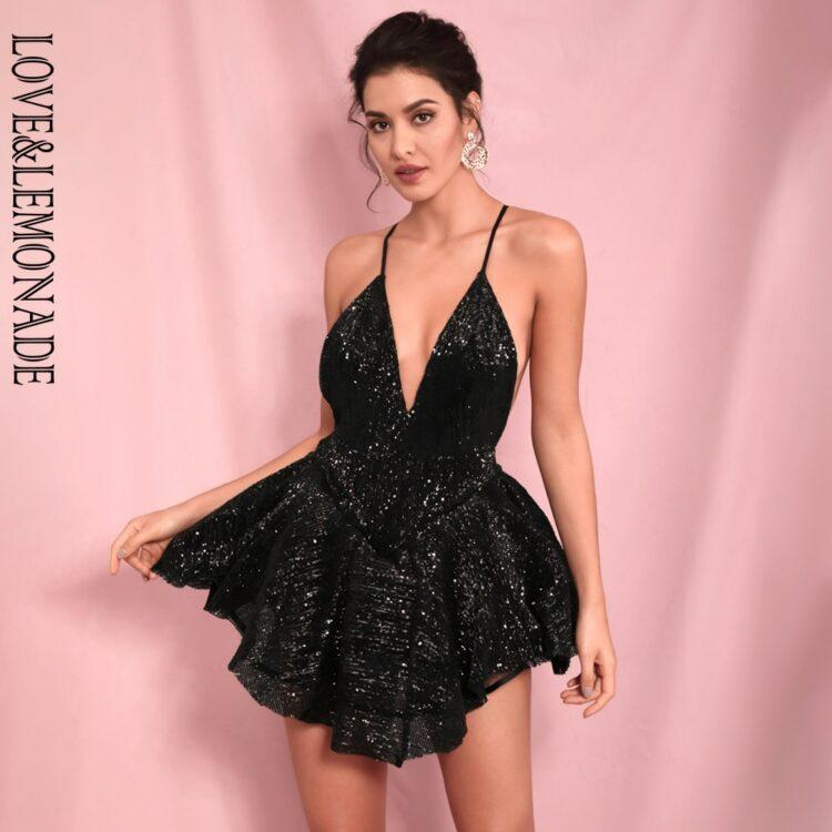 Czarna sukienka rozkloszowana z tiulową halką mini