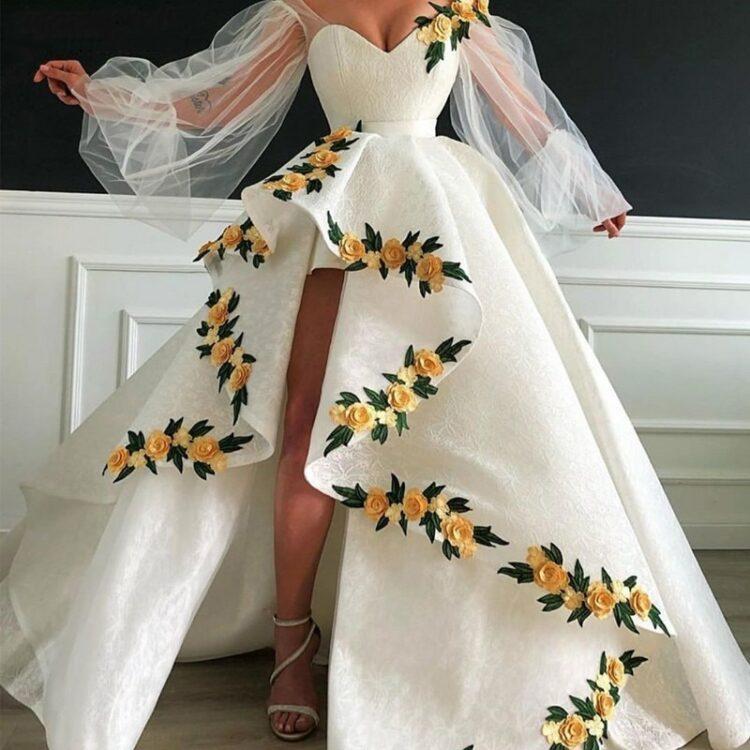 Kremowa suknia ślubna długi rękaw z haftem
