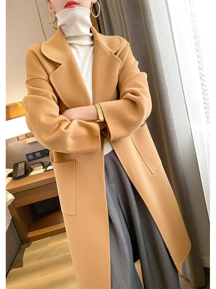Camelowy płaszcz damski wełniany z kieszeniami 1
