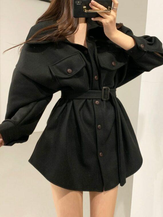 Czarna kurtka koszulowa damska z paskiem