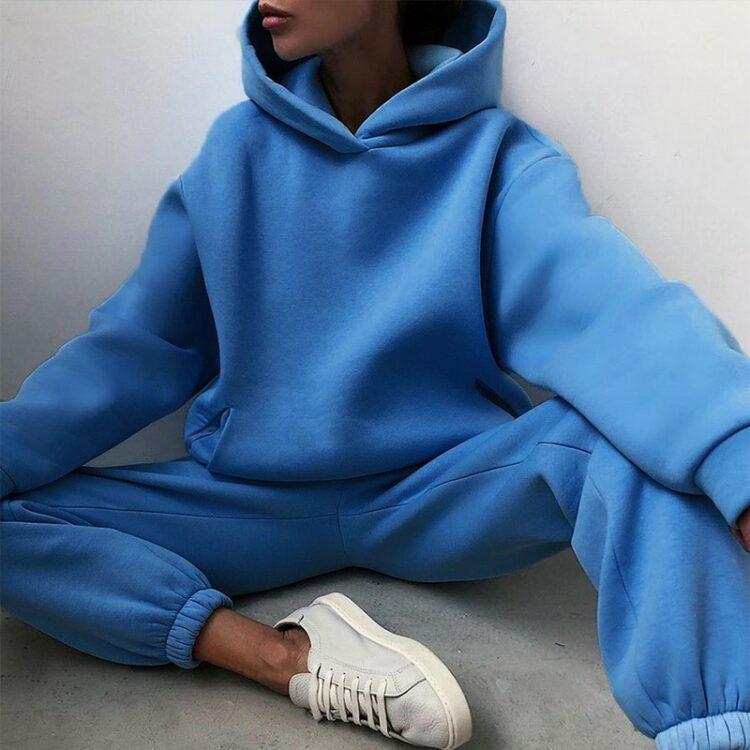 Niebieskie dresy damskie grube z polarem komplet 1