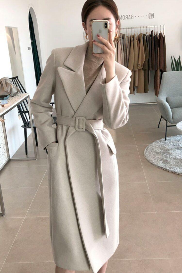 Szary wełniany płaszcz zimowy damski dopasowany 2